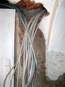 Neue Elektroverkabelung